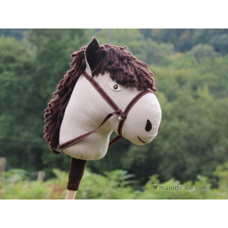 kit cheval baton naturel brun en vente chez marotte et cie. Black Bedroom Furniture Sets. Home Design Ideas