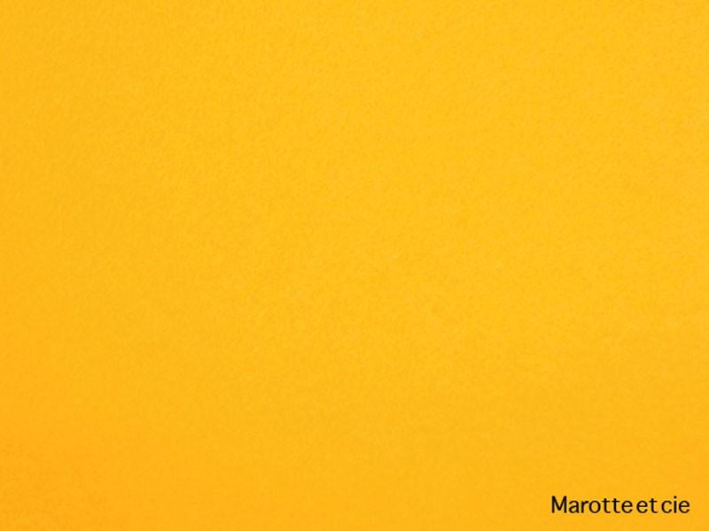 03 - jaune or
